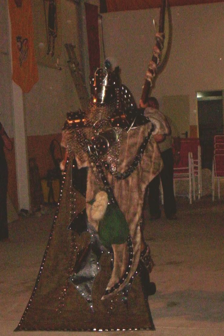 presentación traje salvajes villena